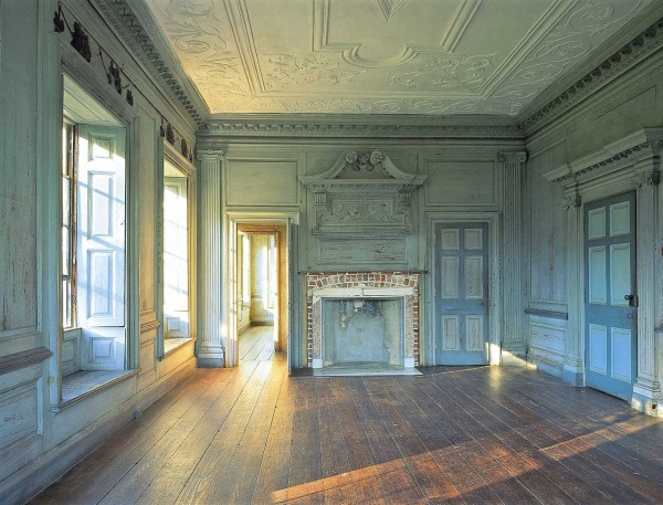 Withdrawing room in Drayton Hall, Charleston, SC