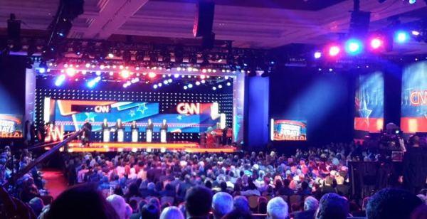 Debate photo Wynn 11.13.15